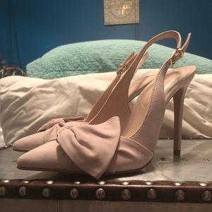 Aldo light pink/natural heels. NWOT